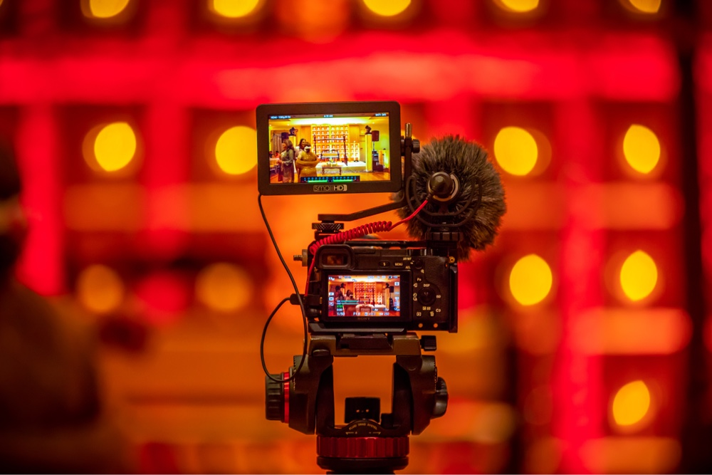 Vimeo vs YouTube for Video Hosting | EP 454
